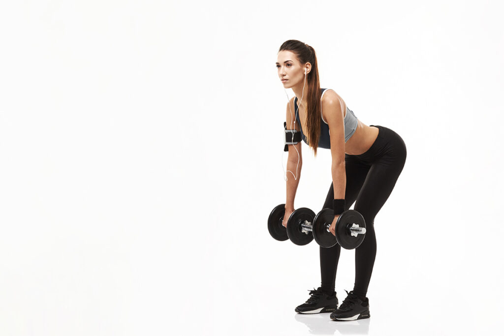 Как накачать спину- тяга гантелей в наклоне